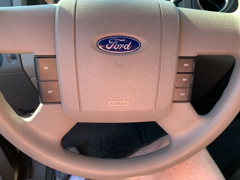 Ford F-150 2004 price $8,950