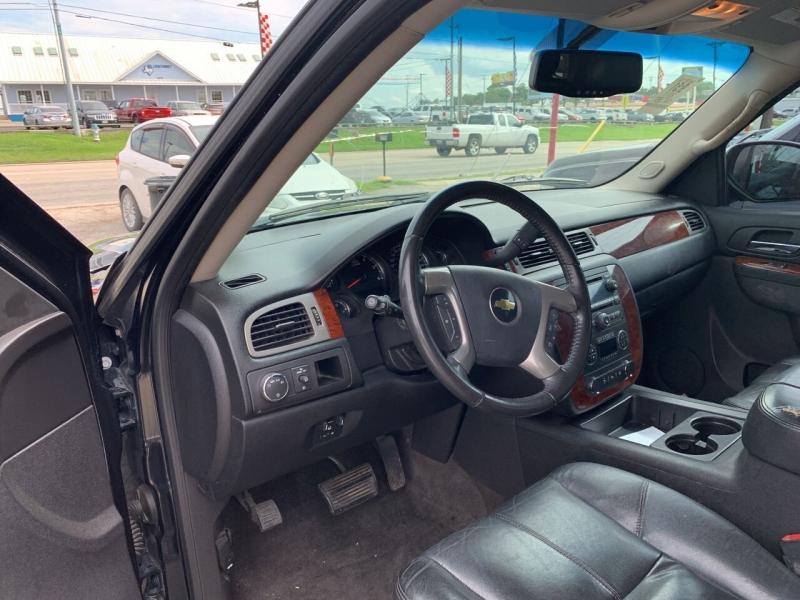 Chevrolet Tahoe 2011 price $15,700