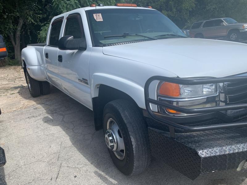 GMC Sierra 3500 2004 price $17,900
