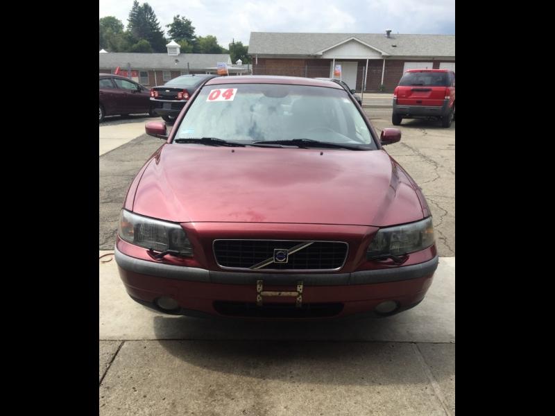 Volvo S60 2004 price $3,695