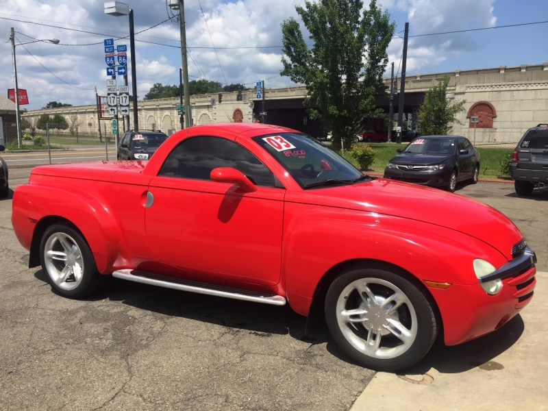 Chevrolet SSR 2003 price $17,995