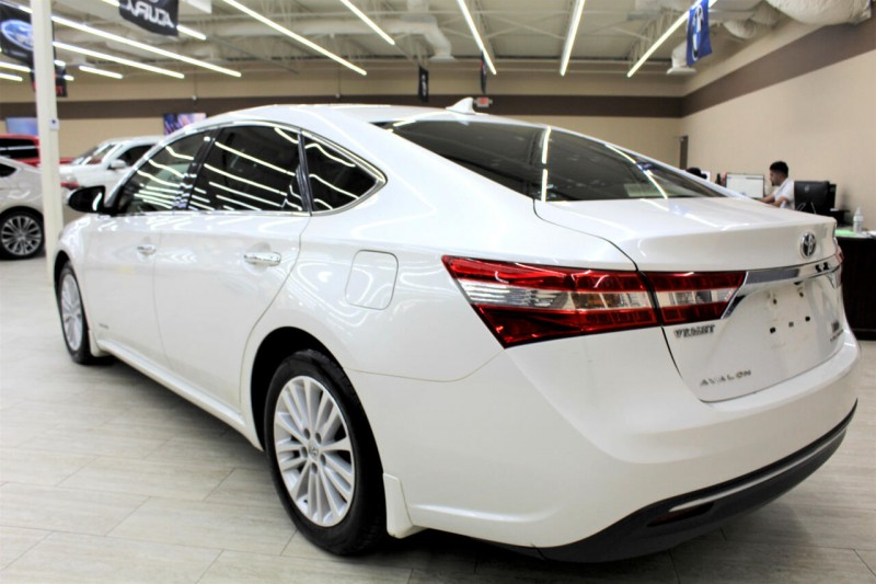 Toyota Avalon Hybrid 2014 price $11,995