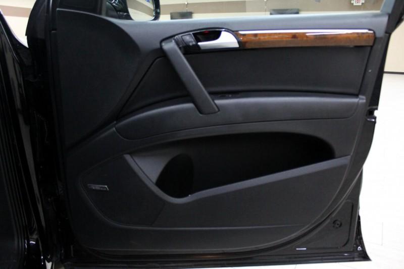 Audi Q7 2014 price $15,995