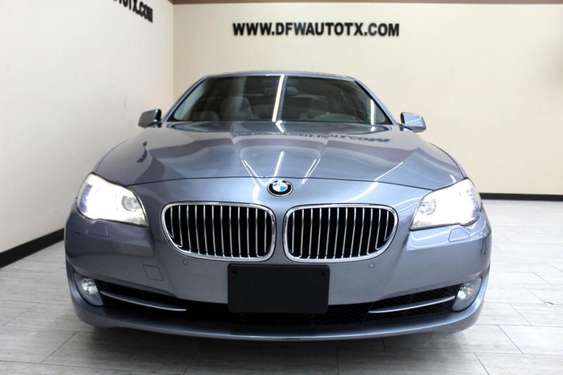 BMW 5-Series 2011 price $13,995