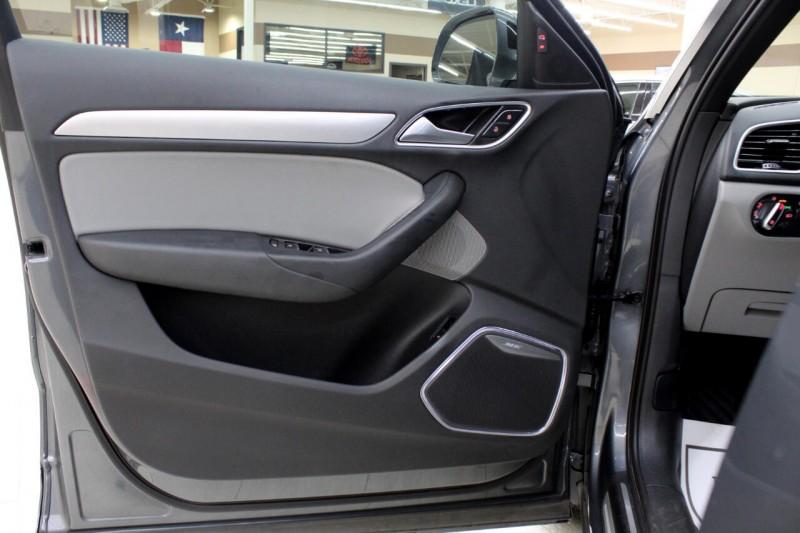 Audi Q3 2017 price $24,995