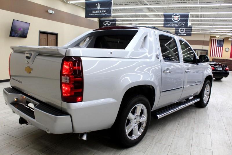 Chevrolet Avalanche 2013 price $14,995