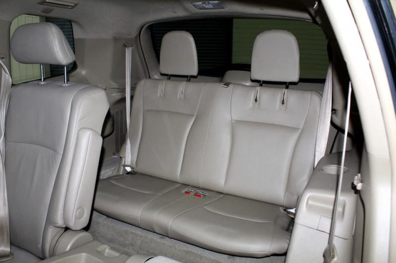 Toyota Highlander Hybrid 2010 price $11,995