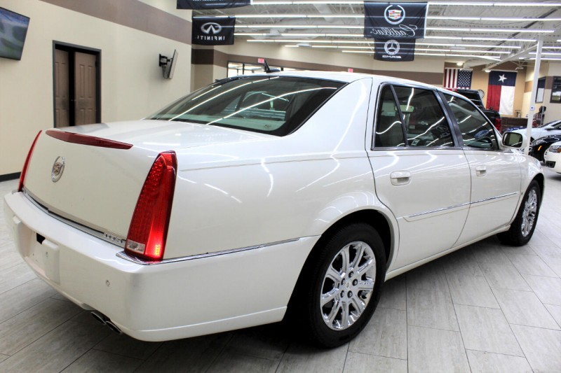 Cadillac DTS 2008 price $7,995