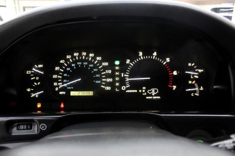 Lexus LX 470 2001 price $8,995