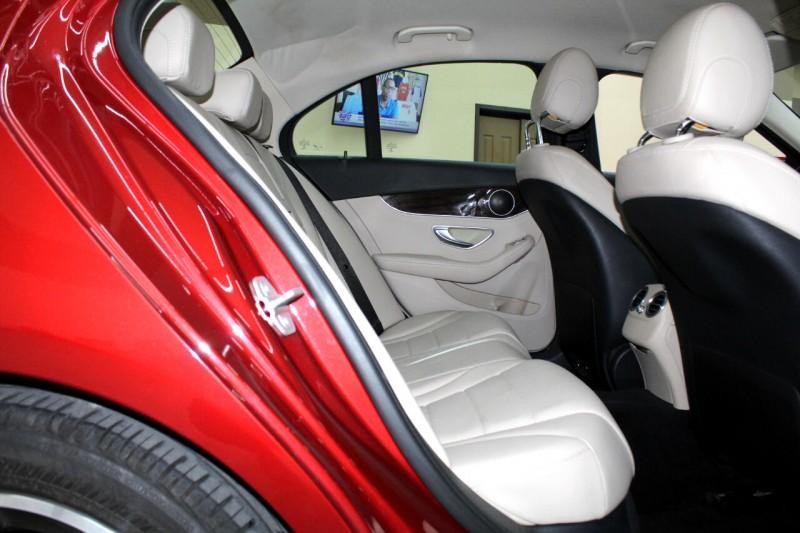 Mercedes-Benz C-Class 2016 price $19,995