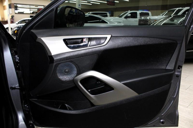 Hyundai Veloster 2016 price $10,995
