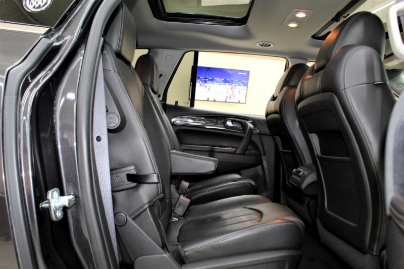 Buick Enclave 2015 price $14,995