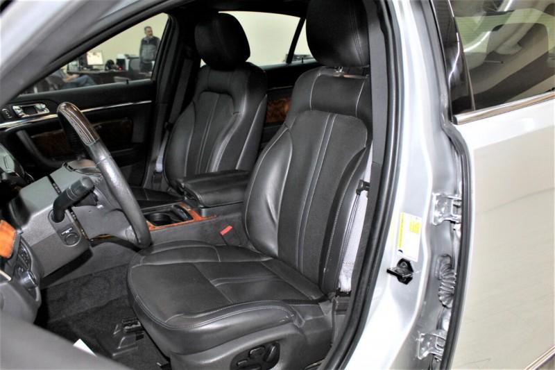 Lincoln MKS 2013 price $13,995