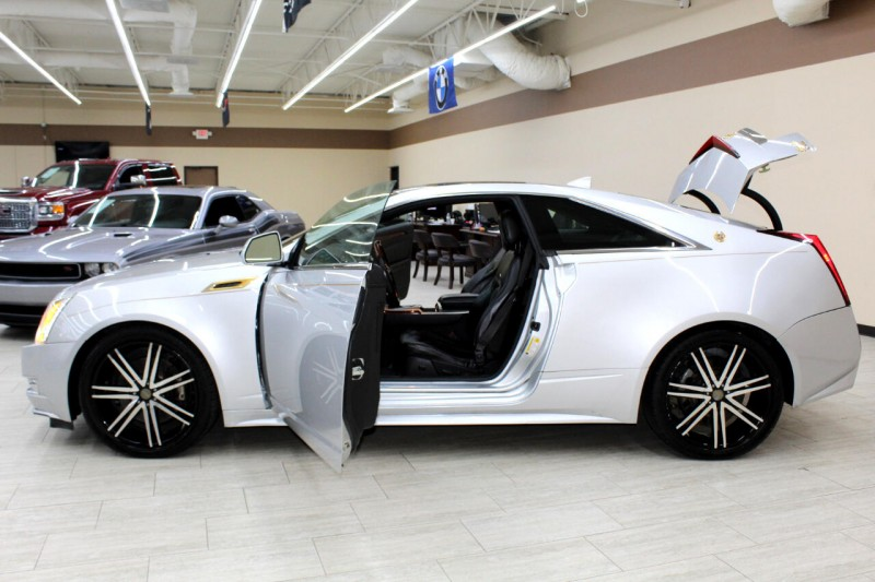 Cadillac CTS 2011 price $14,995