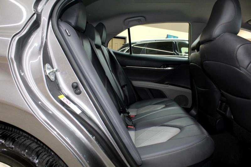 Toyota Camry Hybrid 2018 price $16,995