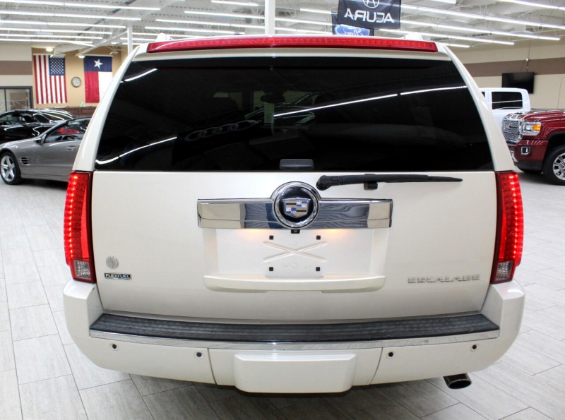 Cadillac Escalade 2009 price $11,995