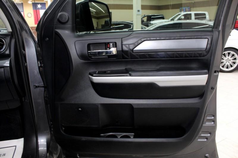 Toyota Tundra 2018 price $38,995