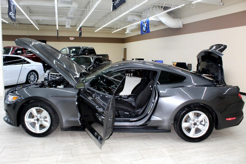 Ford Mustang 2017 price $14,995