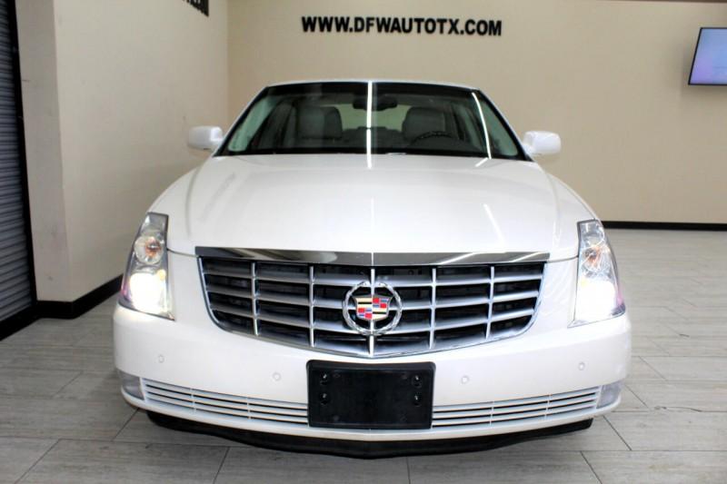 Cadillac DTS 2009 price $9,995