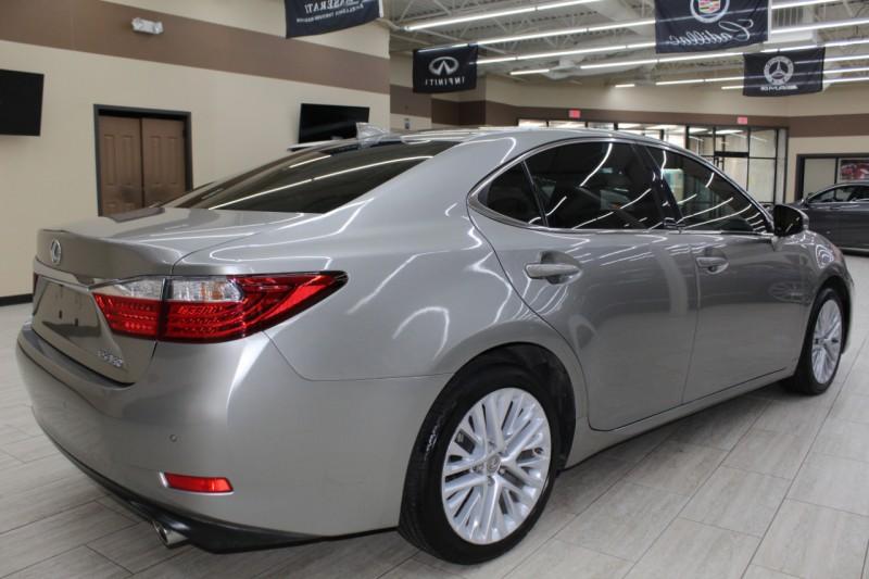 Lexus ES 350 2015 price $16,995