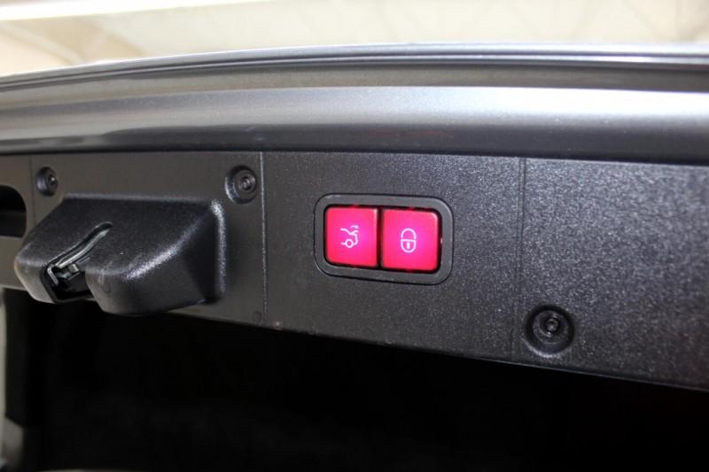 Mercedes-Benz S-Class 2012 price $19,995