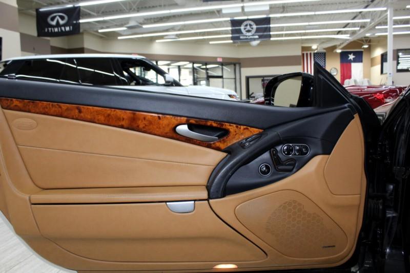 Mercedes-Benz SL-Class 2011 price $22,995
