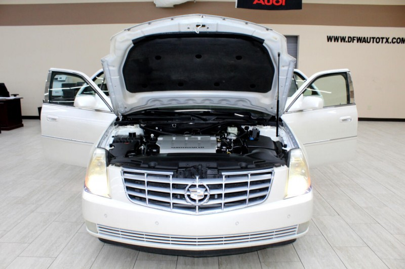 Cadillac DTS 2008 price $8,995