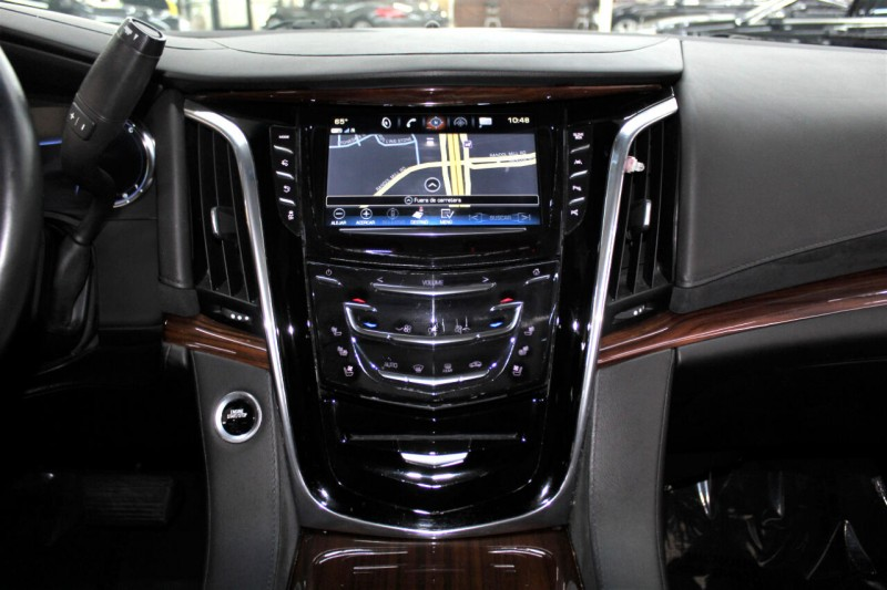 Cadillac Escalade 2017 price $42,995
