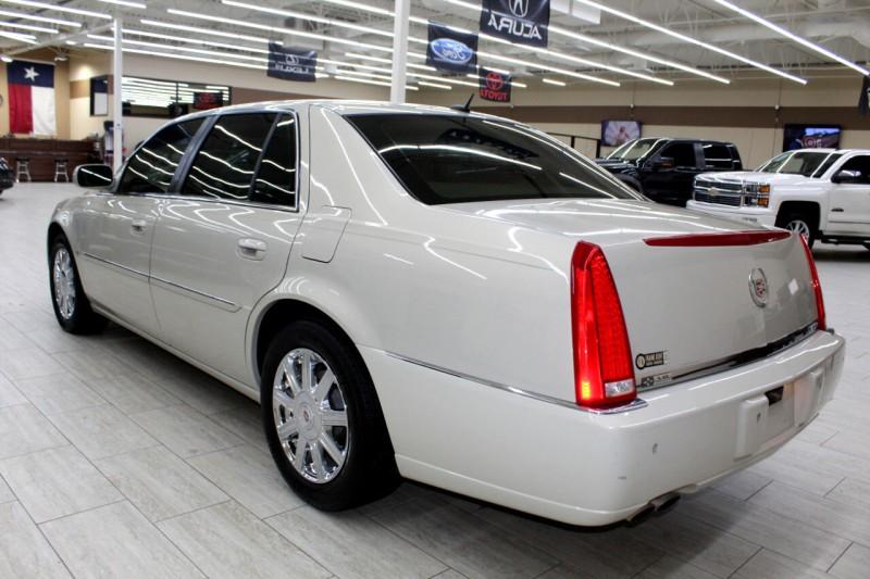 Cadillac DTS 2007 price $9,495