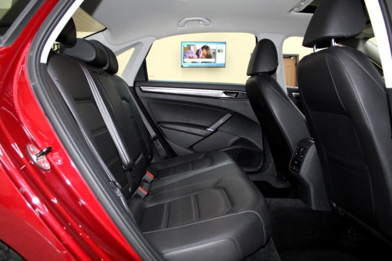Volkswagen Passat 2017 price $13,295