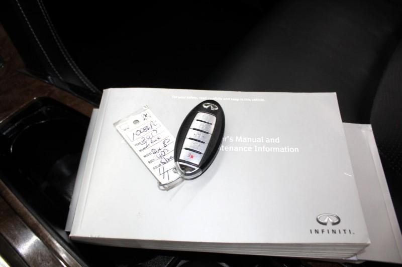 Infiniti QX80 2017 price $30,995