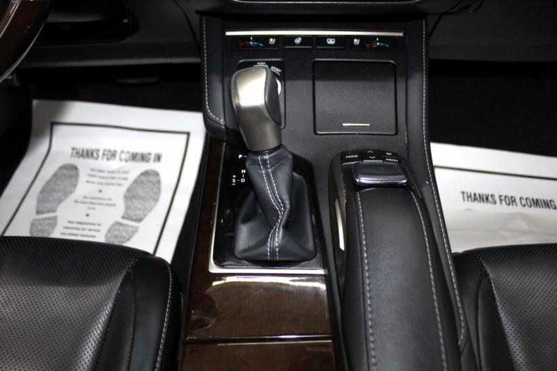 Lexus ES 350 2017 price $21,995