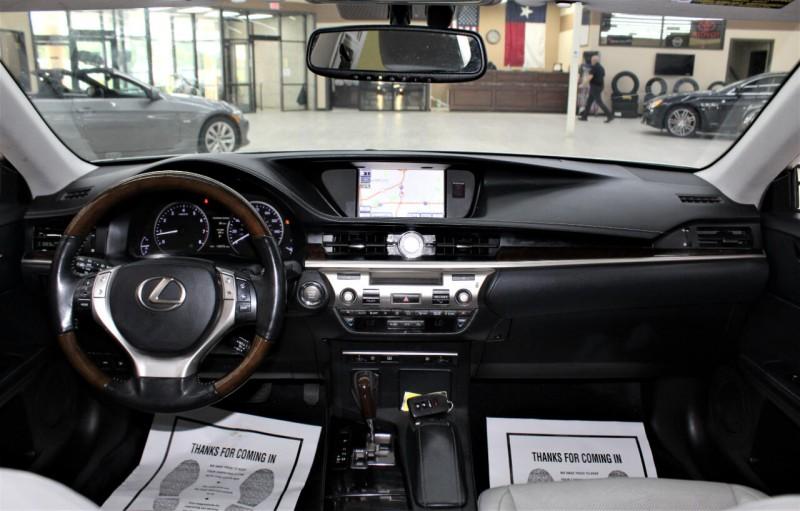 Lexus ES 350 2013 price $15,995
