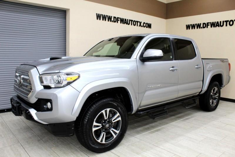 Toyota Tacoma 2017 price $30,995