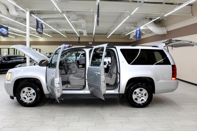 Chevrolet Suburban 2014 price $17,995