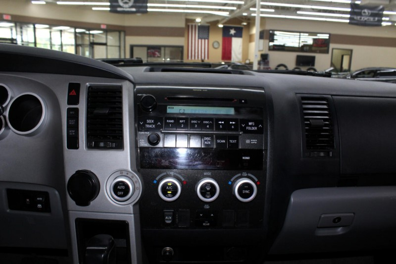 Toyota Sequoia 2009 price $8,995