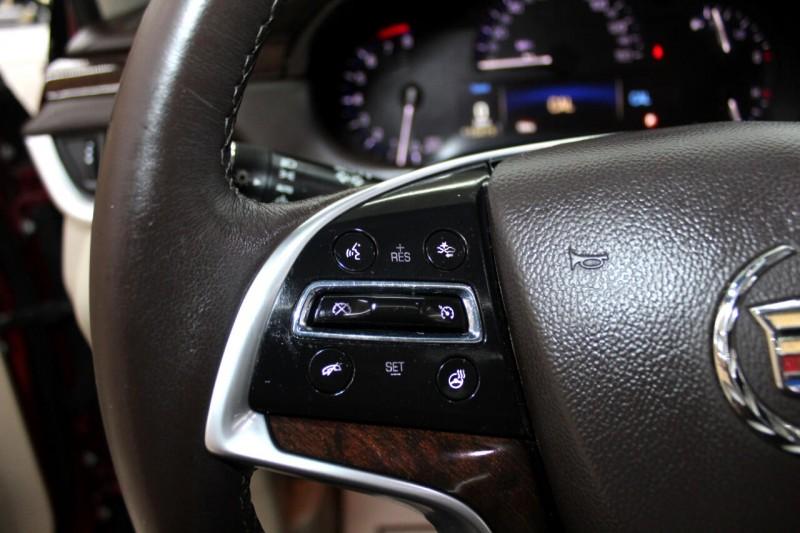 Cadillac XTS 2013 price $15,995
