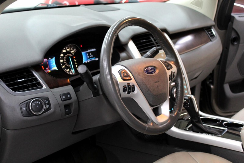 Ford Edge 2013 price $12,995