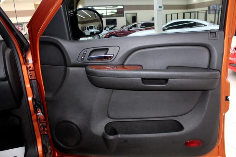 Chevrolet Avalanche 2008 price $12,995