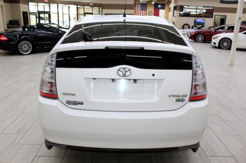 Toyota Prius 2009 price $3,995