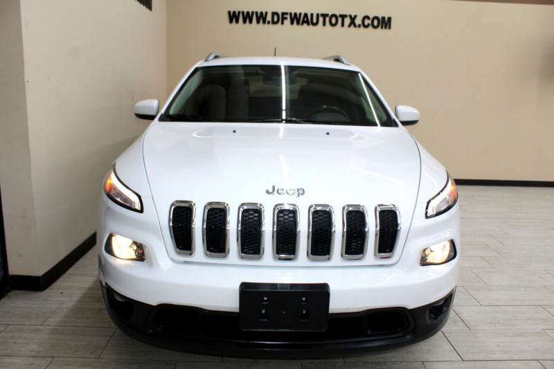 Jeep Cherokee 2015 price $13,895