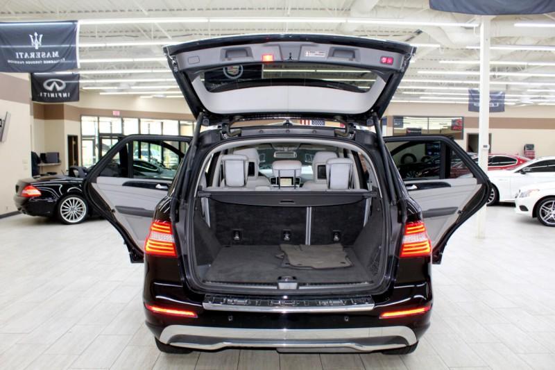 Mercedes-Benz M-Class 2012 price $19,995