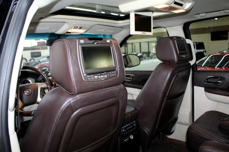 Cadillac Escalade 2013 price $20,995