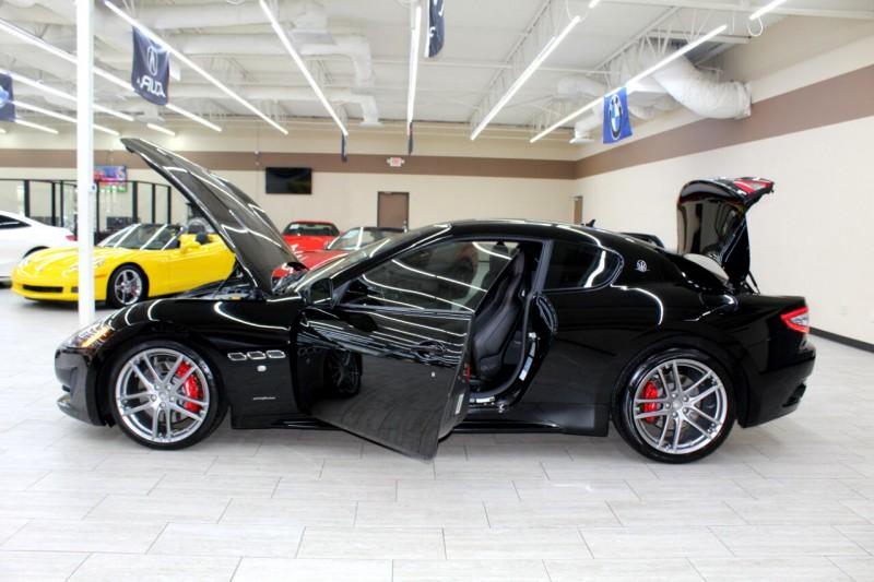Maserati GranTurismo 2016 price $69,995