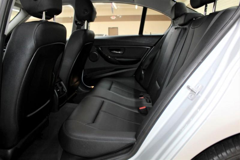 BMW 3-Series 2016 price $12,995