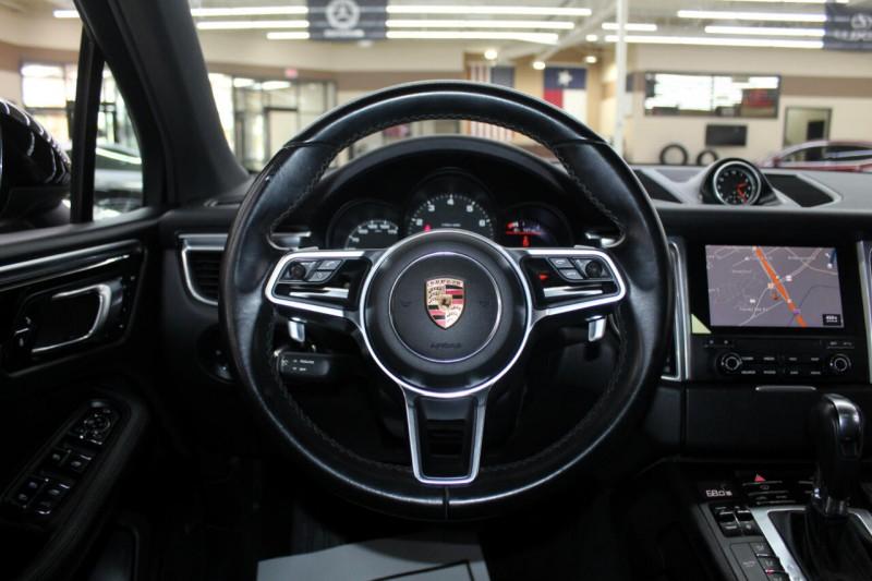 Porsche Macan 2017 price $38,995