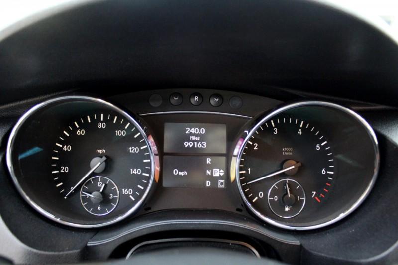 Mercedes-Benz R-Class 2010 price $10,995