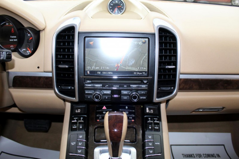 Porsche Cayenne 2013 price $20,995