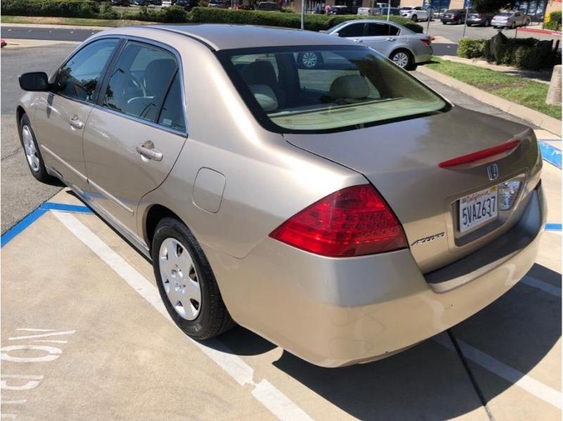 Honda Accord 2006 price $6,995