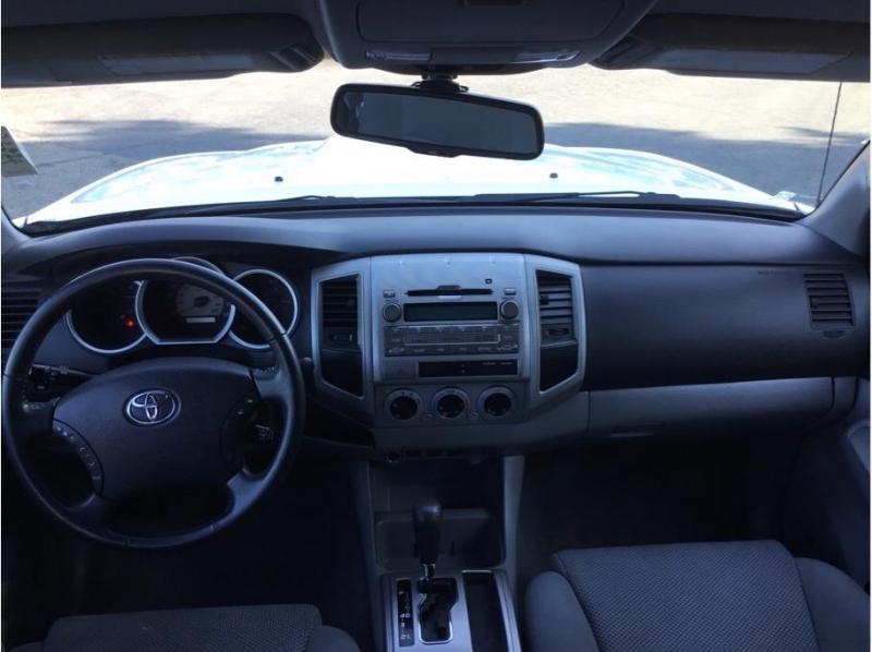 Toyota Tacoma Double Cab 2010 price $18,995